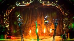 Dans l'arche vidéo intégrée au décor, les serpents réagissent en direct à la performance des funambules. (Photo: Cirque du Soleil)
